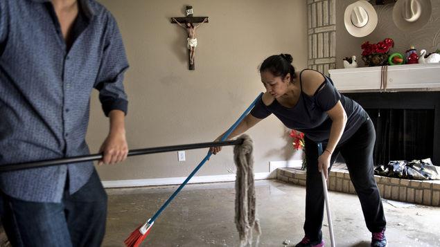 Estudio limpiar la casa o irse caminando al trabajo - Trabajo para limpiar casas ...