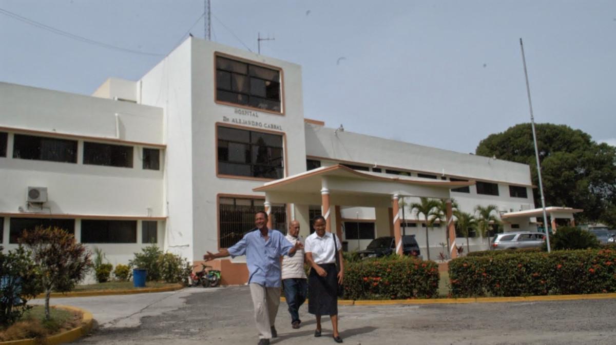 Resultado de imagen para Gobierno prevé reinaugurar hospital de San Juan el 16 de octubre